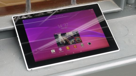 Pictures of Sony's unannounced, Z3 smaller tablet released online