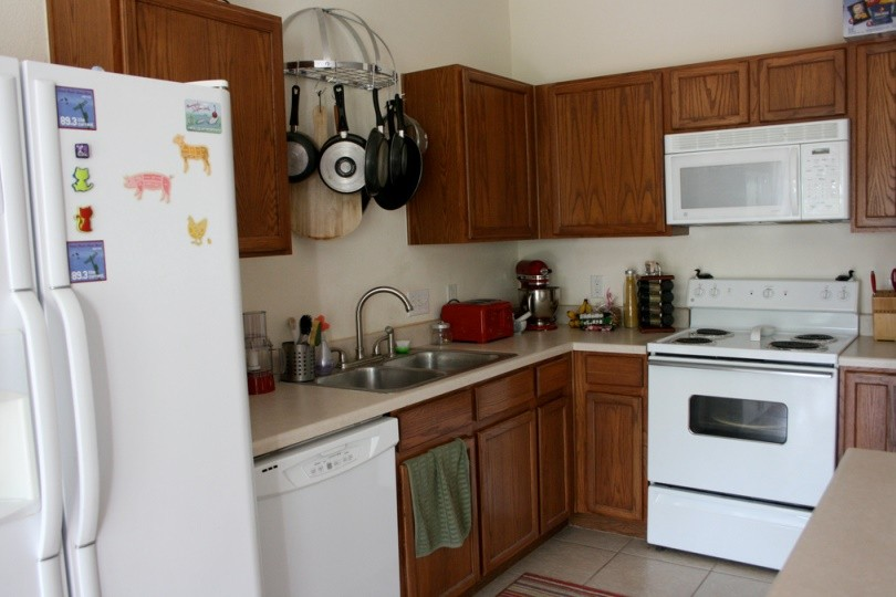 Tips To Choose The Right Stuff For Replacement In Your Organised Kitchen
