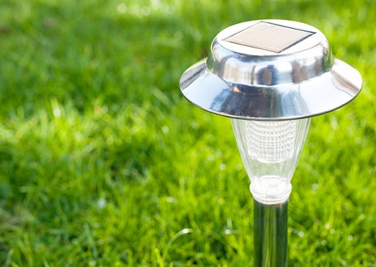 Check Out The Importance Of Using Solar Energy For Garden Lighting