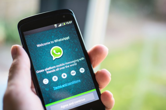 Stay Connected With Your Loved One At A Time In Whatsapp Groups