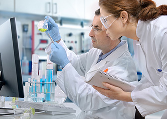 How To Choose A Research Chemist?