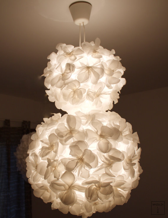 ball lamp dual suspension with paper flowers