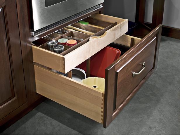 custom kitchen drawers with storage
