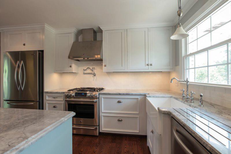 kitchen remodeling cost porcelain tile backsplash