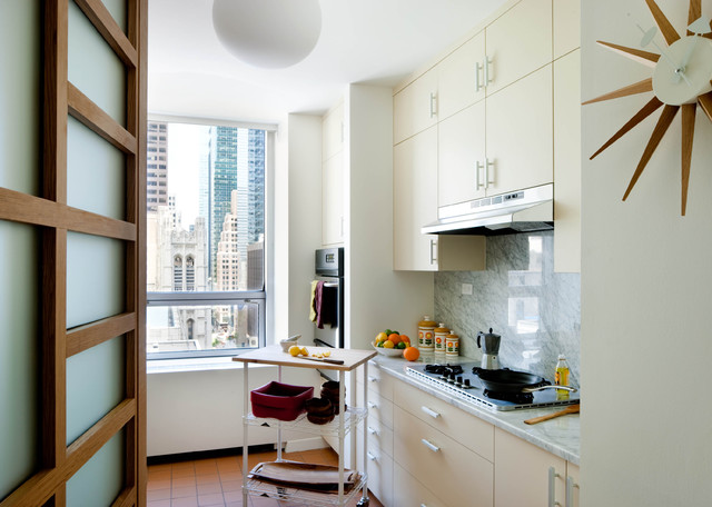 small kitchen maximize storage space