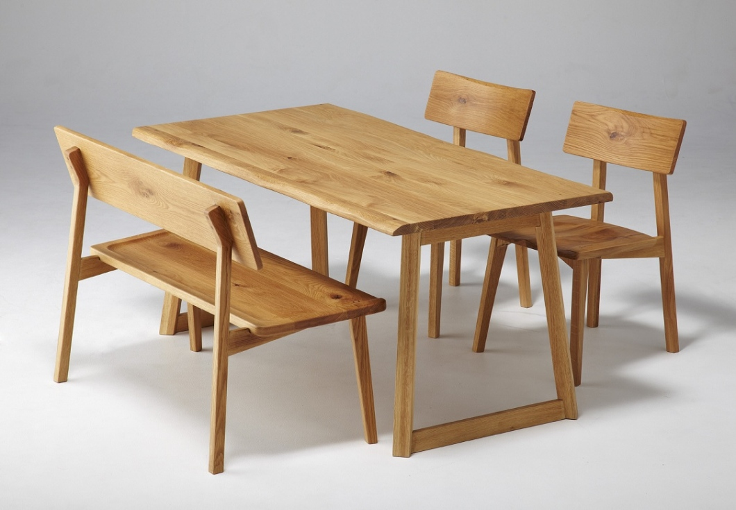 A General Note About Varied Types Of Dining Chair Available In Furniture Mall