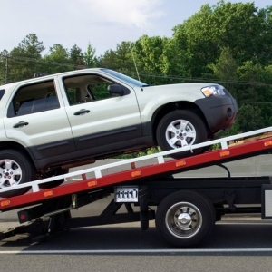 Towing Service In Los Angeles To Save Your Time and Money