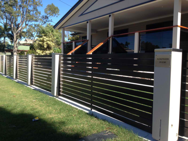 Advantages Of Aluminum Fences - Stay Safe Without Ruining The Exteriors