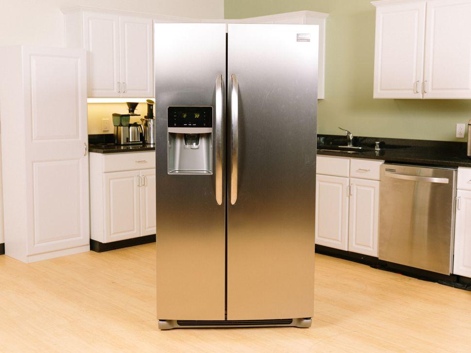 Refrigerator Repairs Provide Practical Benefits