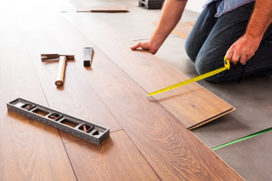 Choosing Between Laminate And Hardwood Flooring